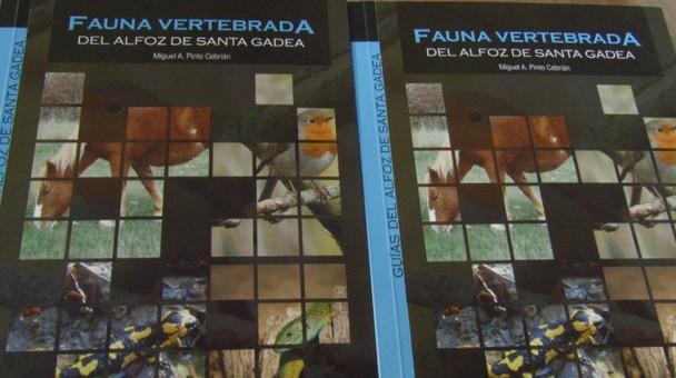 El Ayuntamiento Alfoz de Santa Gadea cuenta con un nuevo libro que muestra la fauna de la zona