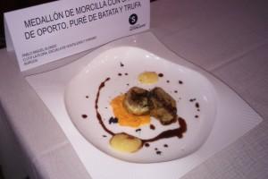 Pablo Miguel Alonso, de la Escuela de Hostelería La Flora, ganador del II Concurso de Morcilla de Sotopalacios