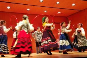 Festival solidario reúne 300 kilos de alimentos que se entregarán al Banco de Alimentos de Burgos