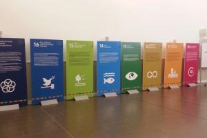 La Exposición de AMYCOS sobre los objetivos de Desarrollo Sostenible se estrena en el Centro Cívico Gamonal Norte