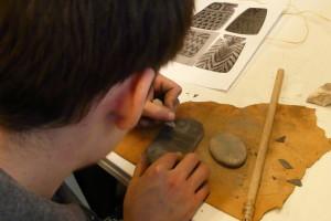 Los monitores arqueológicos de la Fundación Atapuerca actualizan sus conocimientos sobre evolución humana