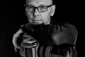 Pepe Castro, conocido retratista, ofrece mañana una charla en el MEH sobre el retrato fotográfico de autor
