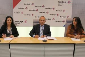 Ibercaja renueva su convenio de colaboración con el CD Castilla Sport