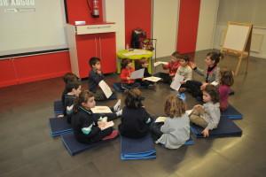 La Fundación Caja de Burgos organiza en el Foro Solidario un proyecto familiar en torno a la magia de los cuentos infantiles