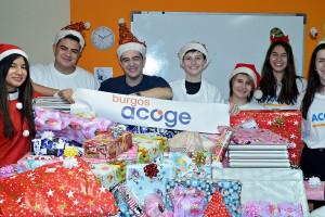 Burgos Acoge y el Centro Deportivo BeUp Sport ayudan a los Reyes Magos en el reparto de juguetes