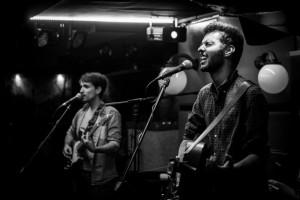 La banda emergente El Sótano de Babel gana el concurso de grupos musicales de UBULIVE 2017