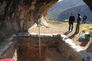 La Fundación Atapuerca participa en el descubrimiento de una de las primeras evidencias culturales de humanos modernos fuera de África