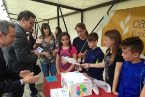 """Gran éxito de público en la 11ª Feria de Cooperativas del programa """"PEQUEÑOS EMPRENDEDORES"""" de la Fundación Caja Rural"""