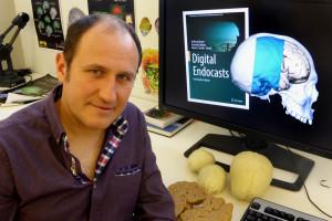Emiliano Bruner publica un nuevo libro sobre paleoneurología y anatomía digital