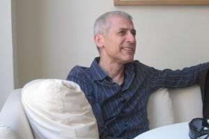 El escritor José Ovejero, segundo invitado del ciclo del MEH 'Los que cuentan. Cuento español contemporáneo'