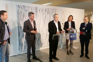 Alcalde de Burgos inaugura en el Fórum la exposición del artista burgalés Juan Vallejo