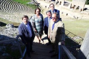 La Junta de Castilla y León y la Diputación Provincial de Burgos destinarán más de un millón de euros a la segunda fase de las obras restauración del teatro de la villa romana de Clunia