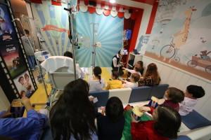 La Fundación Juegaterapia abre una Sala de Cine en el Hospital Universitario de Burgos