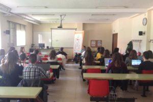 Fedisfibur sensibiliza a los estudiantes de 4ª de la Escuela de Relaciones Laborales sobre la contratación de personas con discapacidad