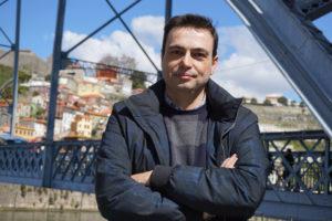 El escritor Ignacio Ferrando presenta mañana en el Museo de la Evolución Humana su última novela 'Referencial'