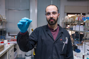 Diseñado un sensor que cambia de color al detectar toxinas en el agua