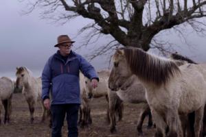 El MEH presenta Des-extinción el documental donde Carbonell se pregunta si se pueden recuperar especies extinguidas