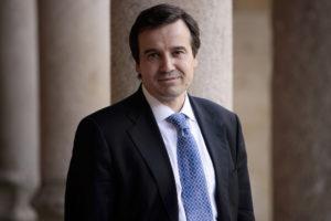 El MEH acoge la charla Trasplantes de cerebro del biólogo José Ramón Alonso