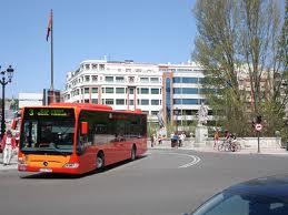 El Ayuntamiento de Burgos mejora las frecuencias en los autobuses urbanos y se mantienen las limitaciones de aforo al 25% y la ocupación en zigzag