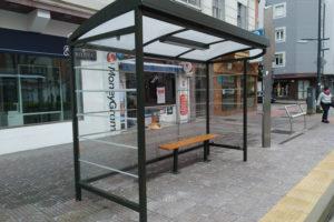 Finalizan las obras de adecuación de 16 paradas de autobuses en materia de accesibilidad