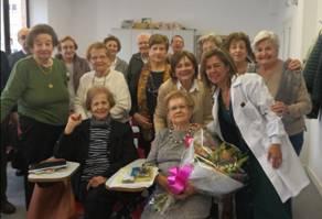 Charo López Ruiz alumna de las Aulas Municipales María Zambrano cumple 100 años el viernes 22 de mayo