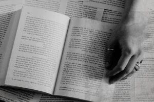 El Instituto Castellano y Leonés de la Lengua divulga los libros publicados por editoriales de la comunidad con la colaboración del gremio de editores