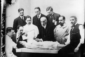 El Museo de la Evolución Humana presenta la exposición 'Las misteriosas mariposas del alma. D. Santiago Ramón y Cajal' en su sala de Pieza Única