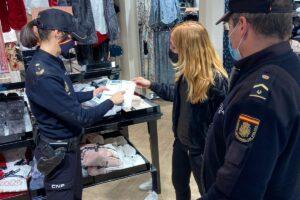 La Policía Nacional activa el dispositivo especial de Navidad dentro del Plan Comercio Seguro 2020