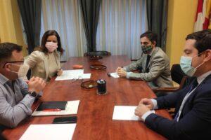 La Junta de Castilla y León reconoce la labor de los graduados sociales durante la pandemia