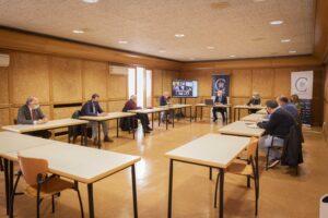 Hostelería, comercio, turismo y sindicatos trabajan con la Fundación VIII Centenario para aumentar la pernoctación