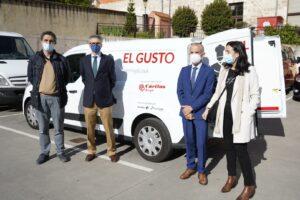 Ibercaja y Fundación Cajacírculo hacen entrega a Cáritas de un vehículo acondicionado para el transporte de alimentos