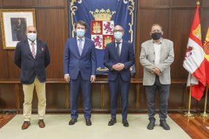 Mañueco recalca el compromiso claro de la Junta de Castilla y León con la hostelería y el turismo