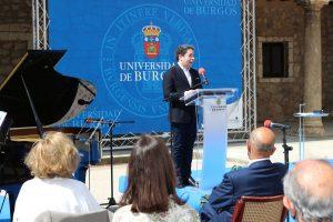 La UBU premia, con su Medalla a Dudamel, el poder transformador de la música