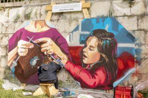 Los artistas Siete y Rice ganan ex aequo el certamen de pintura mural 'De puente a puente' sobre la Catedral de Burgos