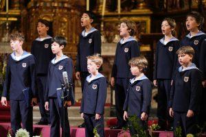 Los Niños Cantores de Viena cierran el 800º aniversario de la Catedral de Burgos