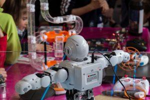 Curso de título para descubrir la enseñanza STEAM con programación y robótica educativas