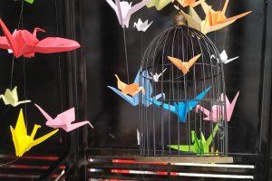 Cabinas telefónicas convertidas en galerías de arte en Gamonal