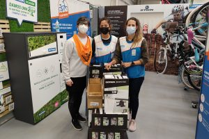 La Asociación de Donantes de Médula Ósea de Burgos dona al HUBU la cantidad de 9 pedaleadores y 9 cintas elásticas de ejercicios destinadas a la planta de hematología